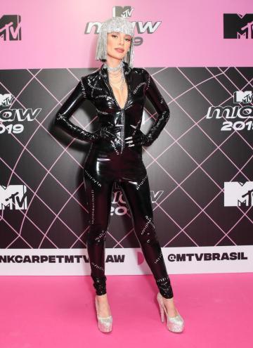 Direcionamento Criativo de Figurino e Stying - Maria Eugênia - MTV MIAW 2019